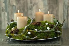 #advent #branches #DekoKitchen #DIY #material #moss #natural #wreath DIY: Advent wreath made of natural material with moss & branches decoration kitchen
