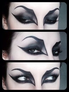 Halloween wants to look GREAT with your vampire fangs ! – Halloween Make Up Ideas Yeux Halloween, Looks Halloween, Halloween Bats, Halloween Makeup Vampire, Halloween Ideas, Gothic Vampire Costume, Vampire Party, Halloween Images, Halloween 2019