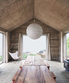 [New] The 10 Best Home Decor (with Pictures) - Concrete Chic. Cecilia Puga designed this house in Bahía Azul Los Vilos Chile. It simply and beautifully consists of three concrete boxes. The pendant is by and the butterfly chair is from Photo by in Decor Interior Design, Furniture Design, Interior Decorating, Tulum, Cecilia Puga, Small Living, Living Spaces, Hippie Stil, Desk Essentials