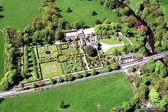 Carolyn Chadwick's Lifestyle: Rubriek: Mooie tuin in Engeland: Levens Hall in Cumbria