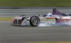 Com carros 100% verdes, Fórmula E estreia neste sábado