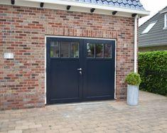 Van Straaten houten garagedeuren model Oele - Houten garagedeuren - Van Straaten® Houten Deuren