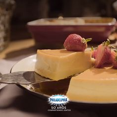Because Sunday tastes better when there is Flan with Philadelphia cream cheese. Because Sunday tastes better when there is Flan with Philadelphia cream cheese. Gourmet Recipes, Sweet Recipes, Cooking Recipes, Biscuits Aux Fruits, Fig Tart, Fruit Cookies, Almond Joy, Fruit Pie, Mini Cheesecakes