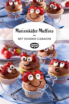 Schnelle Muffins mit Schoko-Canache und Erdbeeren als Marienkäfer dekoriert Quick muffins decorated with chocolate canache and strawberries as ladybug Easy Cake Recipes, Muffin Recipes, Chocolate Decorations, Monster Cupcakes, Savoury Cake, Food Cakes, Clean Eating Snacks, Amazing Cakes, Cake Decorating