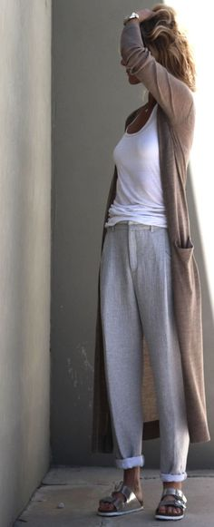 Lazy Day Outfits I Feel YA! (CBYJ) - Loungewear - Ideas of Loungewear - MINIMAL CLASSIC: linen pants & silver Birks nice but Birkenstocks are a bit TOO natural for me prettier sandals maybe? Lazy Day Outfits, Mode Outfits, Casual Outfits, Winter Outfits, Woman Outfits, Night Outfits, School Outfits, Spring Outfits, Fashion Outfits
