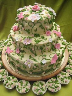 Flowers and garden theme cake
