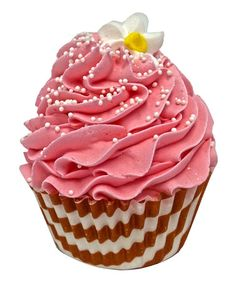 Take a look at this Almond Macaroon Cupcake Bath Bomb by Feeling Smitten on #zulily today!