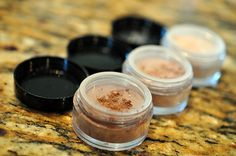 Homemade eyeshadow trio recipe & instructions. This was so easy and inexpensive that I am NEVER buying eyeshadow again!