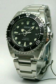 Buen y magnífico reloj los adoro .