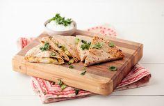Receita fácil, rápida, simples e diferente: sanduíche leve de abobrinha e queijo