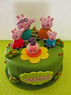 Doces Opções: Bolo de aniversário com a família da Porquinha Pep...