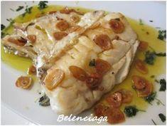 Bacalao skrei a la bilbaina. - Belenciaga paso a paso Spanish Kitchen, Spanish Food, Spanish Recipes, Fish And Seafood, Light Recipes, Food Truck, Tapas, Food And Drink, Nutrition