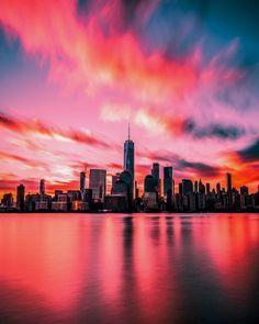 Burn Baby Burn!! by @m_bautista330 ❤ Stop wasting money on your hotels bookings in New York City by not using UnlimitedNewyork.com ⭐ Up to… #newyork #newyorkcity #photography #sunset #skies #nyc #manhattan #architecture #ilovenewyork