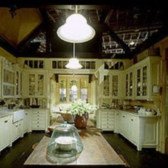 practical magic set still - kitchen looking into breakfast nook