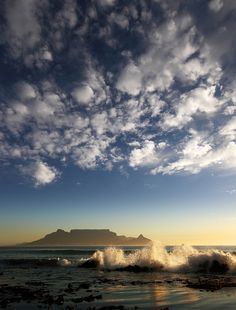 Table Mountain, Cape Town by Dietmar Temps, via Flickr