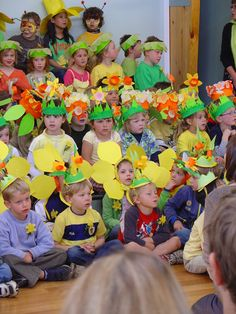 Daffodil Day hat ideas