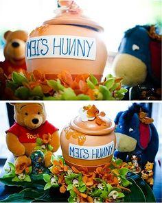 Petite ProduPeek A Pooh cakepins.com