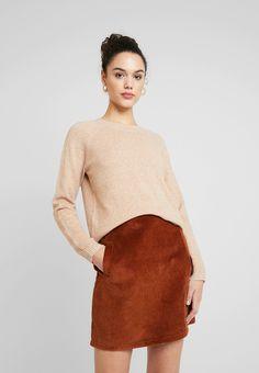 Vero Moda VMDOFFY ONECK - Pullover - tobacco brown melange - ZALANDO.FR Nylons, Quoi Porter, Textiles, Mannequin, Turtle Neck, Pullover, Brown, Sweaters, Fashion