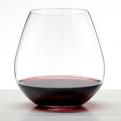 Purchase our Riedel O Pinot Noir Nebbiolo Set of 2 crystal stemware. Only at IWA Wine Accessories! Stemless Wine Glasses, Wine Tumblers, Wine Decanter, Pinot Noir Wine, Crystal Stemware, Bar Accessories, Wine Making, Drinkware, Personalised Wine