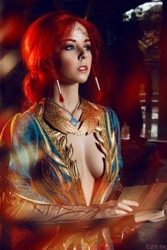 The Witcher 3 - Triss Merigold cosplay by Disharmonica (Helly von Valentine) on DeviantArt Triss Cosplay, Triss Merigold Cosplay, Cosplay Costume, Best Cosplay, Awesome Cosplay, Witcher 3 Triss, Witcher Art, Ciri, Geek Girls