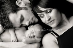 A photoshoot with newborn would be an amazing gift!!