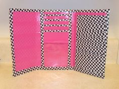 Google Image Result for http://www.girlyobsessions.com/wp-content/uploads/2011/09/DuctTapeWallet.jpg