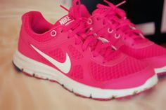 Magnificas zapatillas de running   Calzado femenino