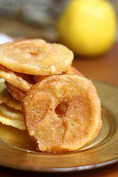 SIN SALIR DE MI COCINA: BUÑUELOS DE MANZANA (Manzanas doradas) de http://sinsalirdemicocina.blogspot.com.es/