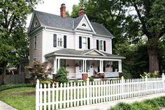 c. 1904 Colonial Revival - This house looks like it came from a fairy tale book. Darling!