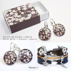 Parure bijoux liberty mitsi gris - boucles d'oreilles cabochons en verre et bracelet tissu