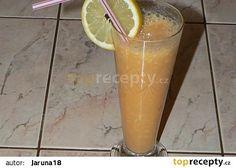 Banánový koktejl recept - TopRecepty.cz Beer, Tableware, Glass, Root Beer, Ale, Dinnerware, Drinkware, Tablewares, Corning Glass