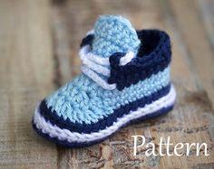 Crochet bebé de patrón Tractor botines botines por matildasmeadow