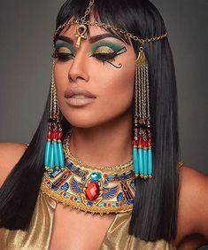kleopatra karneval ideen make-up ideen - Fashion & LifeStyle - . disfraz egipcia kleopatra karneval ideen make-up ideen - Fashion & LifeStyle - . Cleopatra Makeup, Egyptian Makeup, Egyptian Costume, New Makeup Ideas, Makeup Inspiration, Costume Makeup, Party Makeup, Egyptian Hairstyles, Cleopatra Halloween