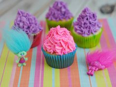 These cute Trolls Cupcakes are a perfect way to celebrate the Dreamworks Trolls movie! If...