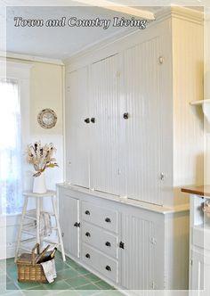 Great built in vintage kitchen cabinet - Town and Country Living Green Kitchen Cabinets, Kitchen Redo, Kitchen Storage, Tall Cabinet Storage, Kitchen Design, Kitchen Walls, Kitchen Ideas, Kitchen Hutch, Linen Cabinet