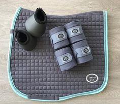 Spaccato Dressage Cutaway Saddle Pad   Grey and Mint Green
