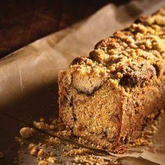Ein saftiger Kuchen, deswegen unbedingt darauf achten, dass man ihn nicht zu früh aus der …
