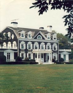 New England Home...amazing!