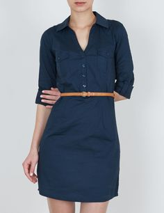 Ladies and Gentlemen, presenting my first shirt dress ever. Navy, fitted and completely awesome.