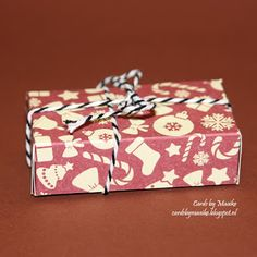 Cards by Maaike: Mini candy bar treat boxes mini kit kat, with video Treat Bags, Gift Bags, Boxes, Gift Wrapping, Treats, Candy, Kit, How To Make, Favors