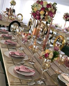 Modern Traditional Wedding Decor with Rustic Theme – Clipkulture – Wedding Beauty African Traditional Wedding Dress, Traditional Wedding Decor, Modern Traditional, Gold Wedding Decorations, Ceremony Decorations, African Wedding Theme, African Weddings, Best Wedding Planner, Floral Centerpieces