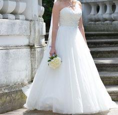 Nydelig brudekjole + slør og underkjole - FINN Torget