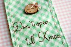 handmade embroidered holiday gift tag by nanaCompany