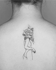 "15.6 mil Me gusta, 41 comentarios - EQUILATTERA (@equilattera) en Instagram: ""SkinArt by @phoebej_tattoos ___ Art page @Equilatterart ___ www.EQUILΔTTERΔ.com ___ #Equilattera"""