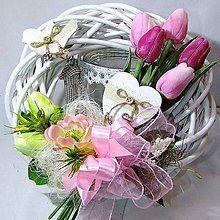 Dekorácie - Velikonoční věnec - Růžové tulipány a ptáčci - 6274695_