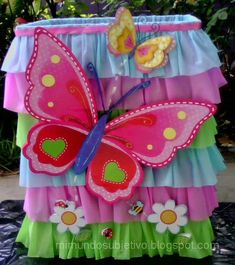 decoraciones de fiestas mariposas y flores - Buscar con Google Butterfly Birthday Party, Bird Party, Baby Birthday, First Birthday Parties, Crochet Butterfly Pattern, 1st Birthday Cake Topper, Safari Theme Party, Butterfly Decorations, Fancy Nancy
