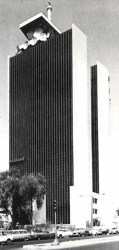 Torre SCT (Secretaría de Comunicaciones y Transportes), Eje Central 567, esqs. Cumbre de Acultzingo y Xola, Col. Narvarte Poniente, Benito Juárez, México DF 1968  Arqs. Pedro Ramírez Vásquez y Rafael Mijares