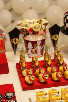 Ferrari Party, Tasty, Yummy Food, Party Themes, Party Ideas, Cake Pops, Food Videos, Birthday Parties, Presents
