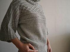Quadrat Pullover by roko20, via Flickr