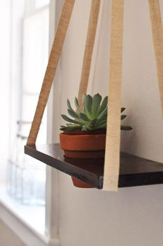 The beautiful, the decayed and the handmade: DIY Hanging Planter